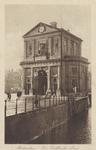 PBK-1771 De Delftse Poort aan het Delftsepoortplein. Rechts de Schiekolk gezien vanaf de Galerijbrug, uit het zuidoosten.