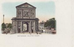 PBK-1792 De Delftse Poort aan het Delftsepoortplein gezien uit het zuiden, rechts de Schiekolk met daarachter het Hofplein.