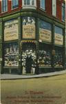 PBK-8274 Het pand van H. Meeuws, winkel in gas- en petroleumlampen, nikkelwaren en huishoudelijke artikelen aan de ...