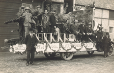 PBK-8841 Vrijwillige brandweer. Optocht t.g.v. 25-jarig regeringsjubileum van Koningin Wilhelmina.