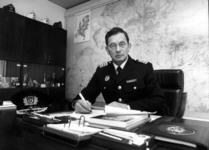 P-020873 Portret van B. Vossenaar, commandant bij de Brandweer.