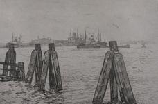 -590 Gezichten op de Nieuwe Maas en haven. Selectie van 2 uit 5 prenten in een map met een inleidend los ...