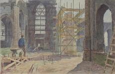 XVIII-128-00-37 Interieur van de Grote Kerk tijdens de wederopbouw. Het Grotekerkplein.