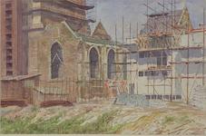 XVIII-128-00-45 Westzijde van de Grote Kerk aan het Grotekerkplein, uit het zuidwesten.