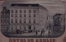 XXIV-76 Hotel het Hof van Berlijn aan de Spaansekade uit het zuidwesten gezien.