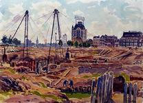 XXXIII-624 Augustus 1942Werkzaamheden in de binenstad. Heipalen trekken van funderingen van het voormalig Steiger ...