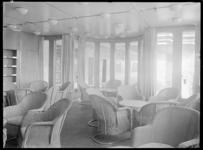 1978-3358 De lees- en schrijfkamer toeristenklasse van architect S. van Ravesteyn op de s.s. Nieuw Amsterdam II