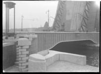 1978-3479 De Koninginnebrug over de Koningshaven.