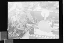 1978-3760 Inpakmachine of vulmachine. Fabriek van Van Nelle aan de Van Nelleweg 1.
