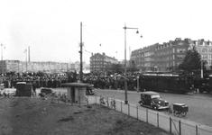 1980-4599 Gezicht op de Mathenesserdijk bij de Mathenesserbrug en omgeving,