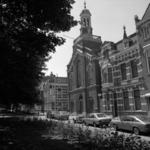 1982-1286 Gereformeerde kerk in de Avenue Concordia, hoek Annastraat.
