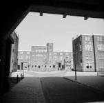 1987-1214 Galerijwoningen na de renovatie in de Justus van Effenstraat.