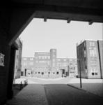1987-1220 Galerijwoningen na de renovatie in de Justus van Effenstraat
