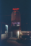1990-483 Disco-dancing Tomorrowland nummer 37 te Prins Alexanderlaan.