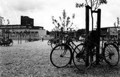 1993-3602 Uitmarkt in het Museumpark. Dit jaar is de Uitmarkt in het Museumpark, waarvan tegelijkertijd de opening ...