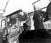 1993-5898 Een boot met een parlevinker.