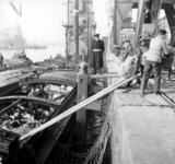 1993-925 Een combinatie van zeer zware storm en springvloed veroorzaakt een watersnoodramp in Zeeland en delen van ...