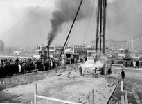 -602 Album met foto's van een of meer bouwprojecten van Van de Luitgaarden in Rotterdam tijdens de wederopbouwperiode.