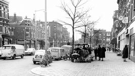 2004-5648 Lusthofstraat in de richting van de Voorschoterlaan.