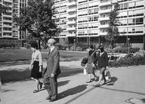 2004-6149 Gezicht op de Jan Evertsenplaats.