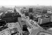 2005-6872-TM-6875 Overzichten:Van boven naar beneden afgebeeld:-6872: Overzicht vanaf het Shellgebouw op de omgeving ...