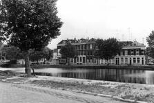 2005-9097 De Rotte gezien vanaf de Rechter Rottekade. op de achtergrond de Linker Rottekade. Het gedeelte tussen ...