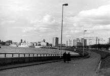 2005-9800-TM-9802 De Maasboulevard:Van boven naar beneden:-9800: Overzicht van de Maasboulevard.-9801:Idem.-9802: De ...