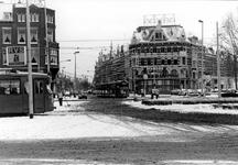 2005-9842-EN-9843 Het KruispleinVan boven naar beneden:-9842:Het Kruisplein met verderop de West-Kruiskade bij de hoek ...
