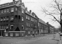 -1297 Foto's van de renovatie van de woningen aan het Staringplein.