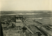 -2034 Fotoalbum over de bouw van een nieuwe installatie op het bedrijfsterrein van B.P.M. te Pernis.