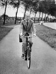 P-021043-1-TM-35 Portretten van Jan Blaauw, hoofdcommissaris van politie. Vanaf 1950 in Rotterdam als agent van ...
