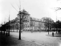 XX-66 Gezicht op de Oostervantstraat.