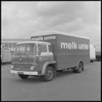 10191 Vrachtwagen (merk Bedford) van de Nederlandse Melkunie met nieuwe lay-out en belettering.