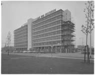 13393 Nieuw hoofdkantoor van J.P. van Eesteren in Prins Alexander.
