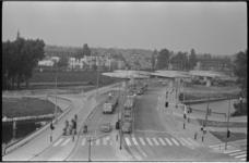 20511-3-22 Bouw viaduct Rijksweg 20 bij Station Noord, gezien vanaf de Gordelweg richting Straatweg.
