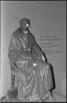 20514-5-16 Standbeeld van Gijsbert Karel van Hogendorp beklad.