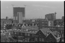 20987-2-11 Het Oude Westen vanaf het dak van een huis aan de Van Speykstraat in zuidelijke richting met o.a. de ...