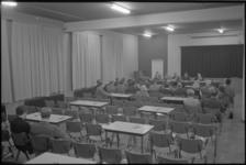 21617-4-1 Vergadering van het 'Comité Bulderbaan Nee' in Schieboek,