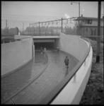 4169 Nieuwe fiets-en voetgangerstunnel onder het spoorwegemplacement die de Groenezoom met de Olympiaweg verbindt.