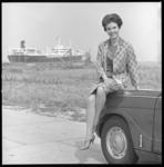 6761 Hilton Miss Washington met op de achtergrond een olietanker.