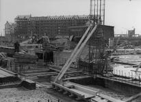 XV-59-06-02 De bouw van het Industriegebouw aan de Goudsesingel.