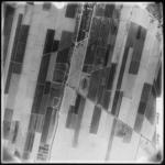 FD-4299-190A Verticale luchtfoto van de polder Nieuw-Reijerwaard (Ridderkerk) met het Bolnesserdijkje, de Kievitsweg en ...