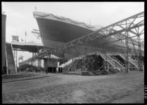 RDM-11199-1 Het passagiersschip SS Nieuw Amsterdam (2) (RDM-200) van de Rotterdamse Droogdok Maatschappij, RDM, voor de ...