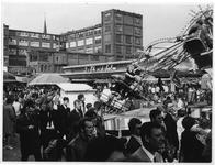 1969-2867 Kermis op het terrein van de Veemarkt.