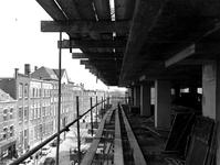 1969-810-TM-813 Derde depot van het Gemeentearchief in aanbouw.Afgebeeld van boven naar beneden:-810: vanaf het westen, ...