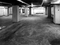 1970-1496-EN-1497 Interieurs van het derde depot van het Gemeentearchief.Afgebeeld van boven naar beneden:-1496: ...