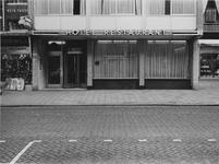 1970-2511 Laurenshotel aan de Hoogstraat.