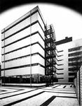 1971-413-TM-415 Nieuwbouw van het Gemeentearchief aan de Mathenesserlaan.Afgebeeld van boven naar beneden:-413: vanuit ...