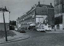 1971-790 De Oudaenstraat, vanaf de hoek Meermanstraat, uit het zuidoosten.