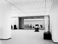 1972-1068-TM-1070 Interieurs van het nieuwe gedeelte van het Museum Boymans van Beuningen aan de ...